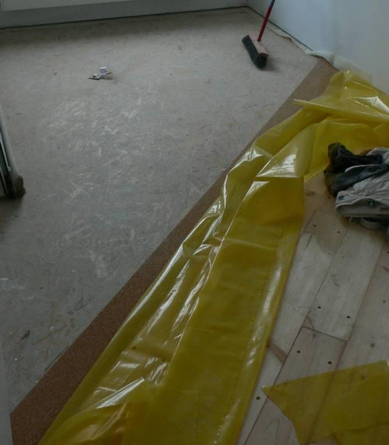 sypialnia przed podłogą