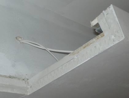 Kabel do dzwonka - widok od przedpokoju